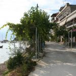 Harbourside self-catering studio to rent in Loutraki sits on a quiet street